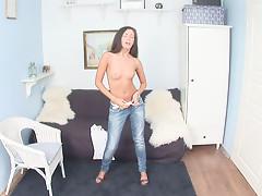 CutiesGalore presents Felonyvideo