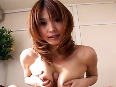 Japanese housewife Ai Kurosawa gives perfect a blowjob after cleaning the housevideo